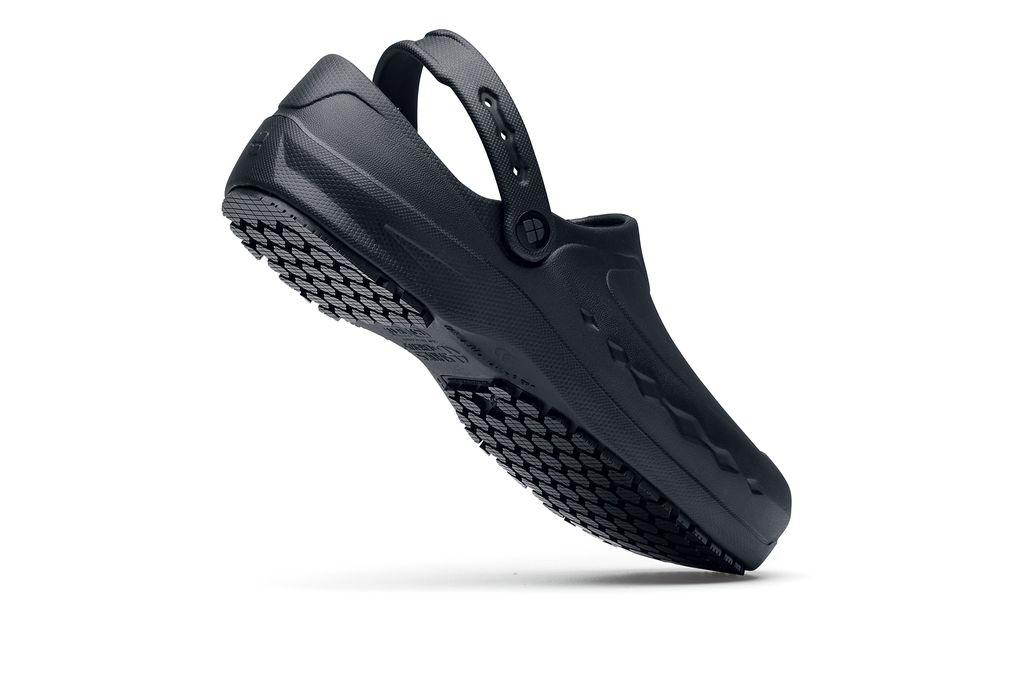 9262c20d4516ef Zinc  Comfortable Black Slip-Resistant Work Clogs