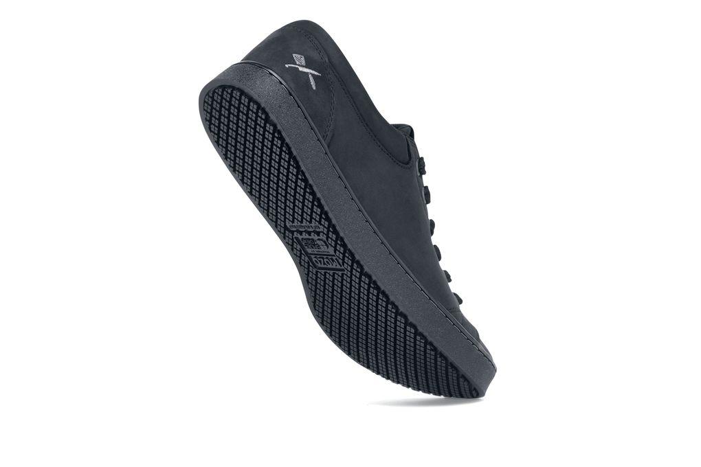 MOZO   Finn   Menu0027s / Black   Slip Resistant Chef Shoes   Shoes For